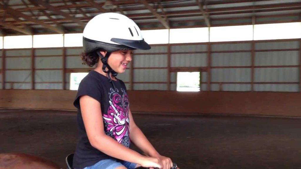 6e4ed715-nya-breslins-first-horseback-riding-lesson