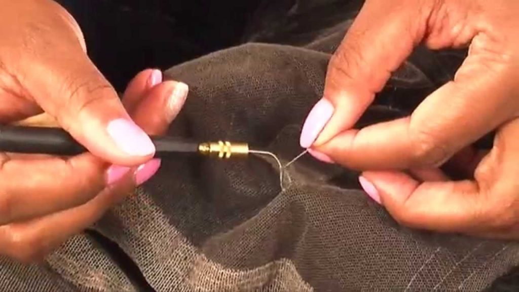 e4751998-how-to-repair-a-lace-wig-tutorial